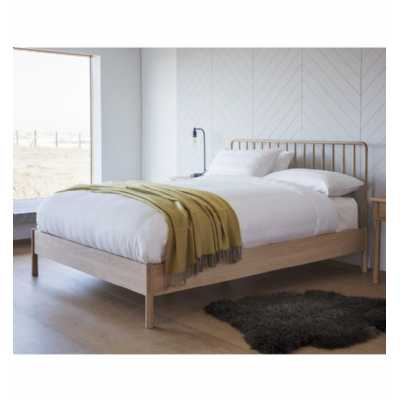 Wycombe 5ft King Size Nordic Style Solid Oak Wood Spindle Bed