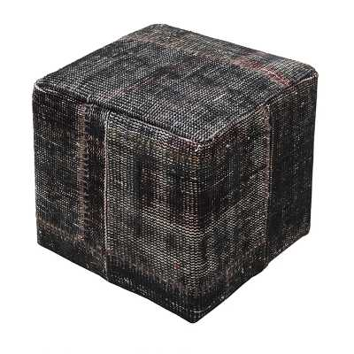 Rugs And Accessories Tebrisi Cube