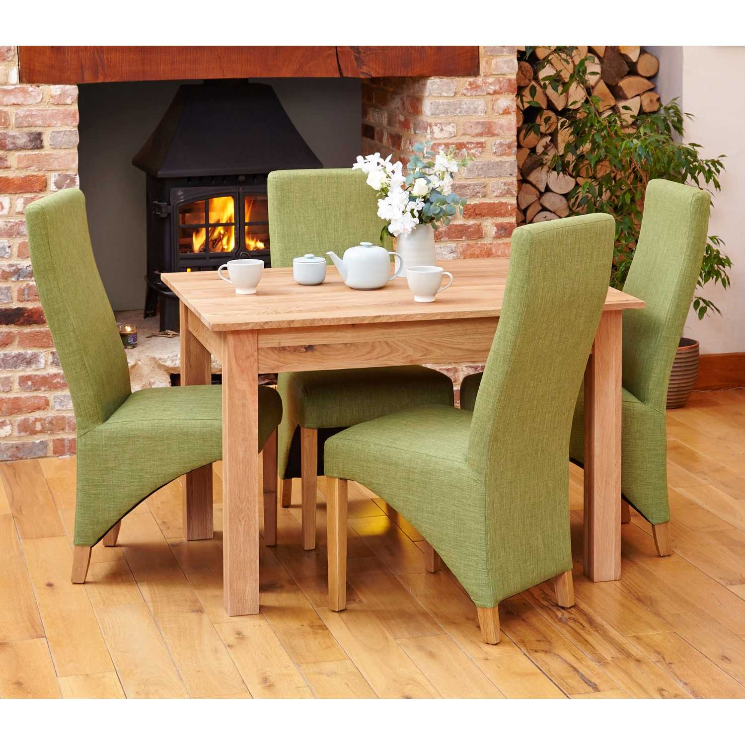 Small Solid Light Oak Kitchen Dining Table 120cm X 90cm 4 Seater